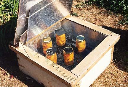 faire des conserves de fruits dans un four solaire caisson. Black Bedroom Furniture Sets. Home Design Ideas